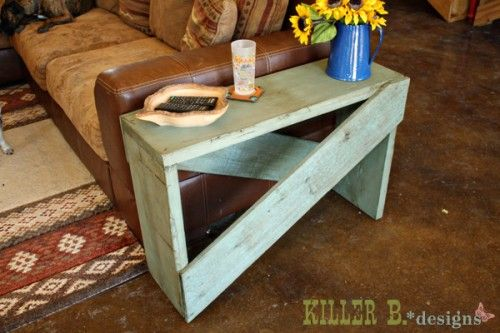 Rustic side table - 5 boards