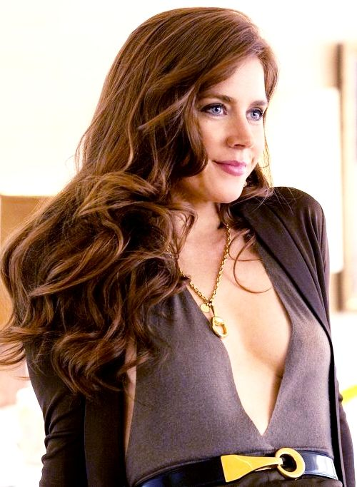 Amy Adams  #American Hustle I love her style and hair in this movie