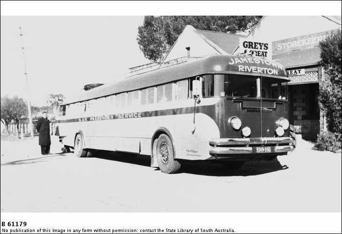 https://flic.kr/p/auvfM8 | B61179 Jamestown to Riverton, S.A.R. Passenger Service bus 1954