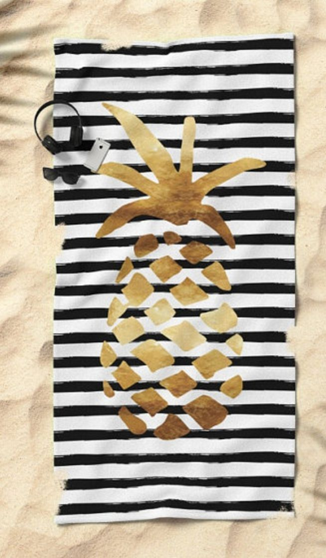 LOVE this striped gold pineapple towel