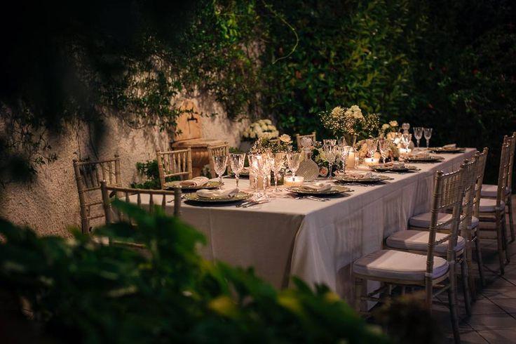 wedding reception, weddind dinner, cnadles, table setting, flowers centerpiece, flowers decors, venues: villa, Cilento Coast, Sposa Mediterranea, Olga studio