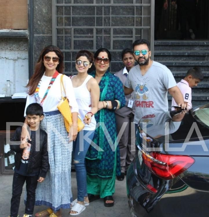 Shilpa Shetty enjoys Sunday lunch with her family   It's