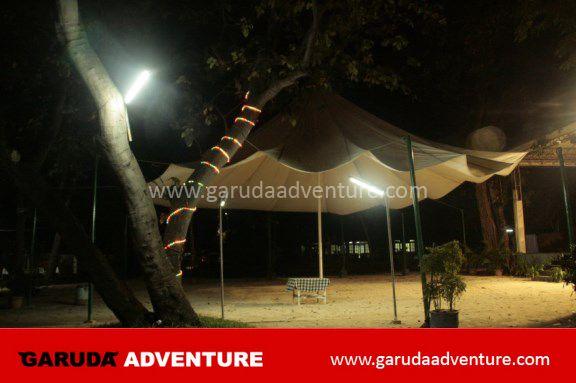 Tenda outdoor di pulau bidadari
