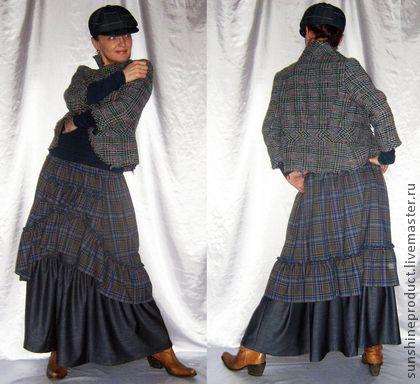 Юбка `Богемная весна в джинсовом цвете`. Это весенне-осенняя двухслойная юбка, юбка - ностальгия по Пушкинским временам. Она очень современна, очень элегантна и женственна до невозможности. Подкладки из подкладочной ткани нет. Юбка вверху на резинке.