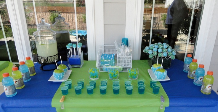Water Wars dessert table