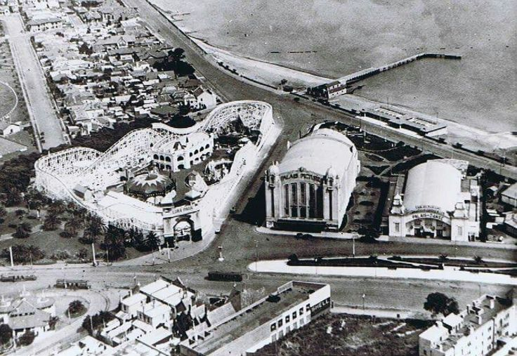 Aerial photo of Luna Park in St Kilda,Victoria and its surrounds (year unknown).
