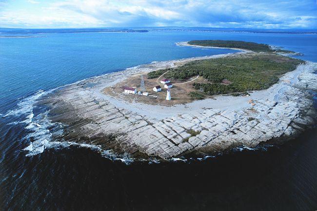 ... île au Marteau dans l'archipel de Mingan (Côte-Nord) Québec