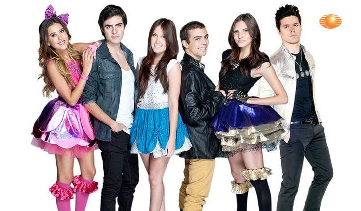 Miss XV es una telenovela mexicana producida por Pedro Damián para Televisa, en coproducción con Nickelodeon Latinoamérica y en colaborac...
