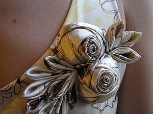 Tutorial for making fabric roses--dress up any blouse or even t-shirt!