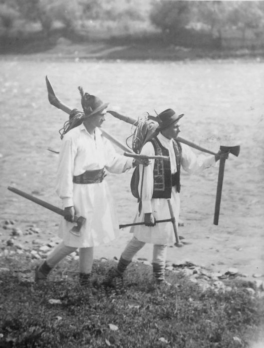 Moldavia Romania plutasi | Old Romania – Adolph Chevallier photography