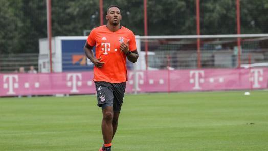 Inside: Boateng nimmt das Lauftraining auf - FC Bayern München AG