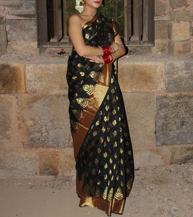 Kaayda By Anushri Singh is a women's designer wear brand established in May, 2013.