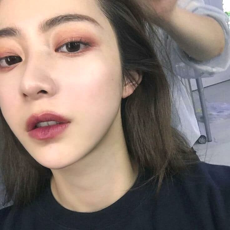 Korean Makeup Ideas Even When You Are Careful You May Get Hair Color Stains Round The Side Of Your Hairline Or Korean Eye Makeup Asian Makeup Natural Makeup