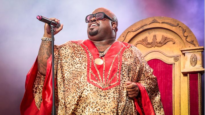 Cee Lo Green Speaks on 'Highly Irresponsible' Rape Tweets Singer wanted to name new LP 'Girl Power' before settling on 'Heart Blanche'  Read more: http://www.rollingstone.com/music/news/cee-lo-green-speaks-on-highly-irresponsible-rape-tweets-20150804#ixzz3humozPHf Follow us: @rollingstone on Twitter   RollingStone on Facebook