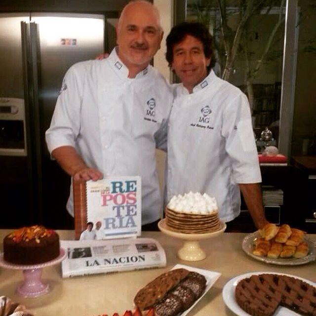 Con mi amigo Osvaldo Gross terminando las fotos de los fascículos de repostería del diario La Nación