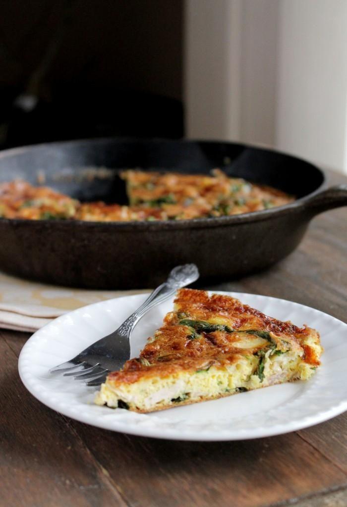 Leftover Turkey Frittata #thanksgiving #leftovers