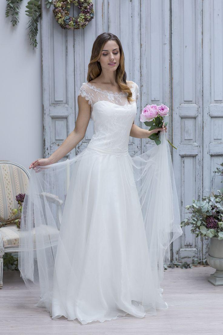 45 best Robes de mariée images on Pinterest | Wedding frocks, Short ...