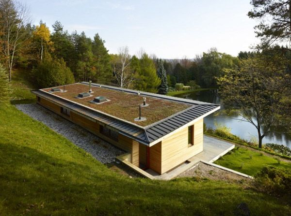 Waterfront Eco Cottage strikes a balance between beauty and brains!