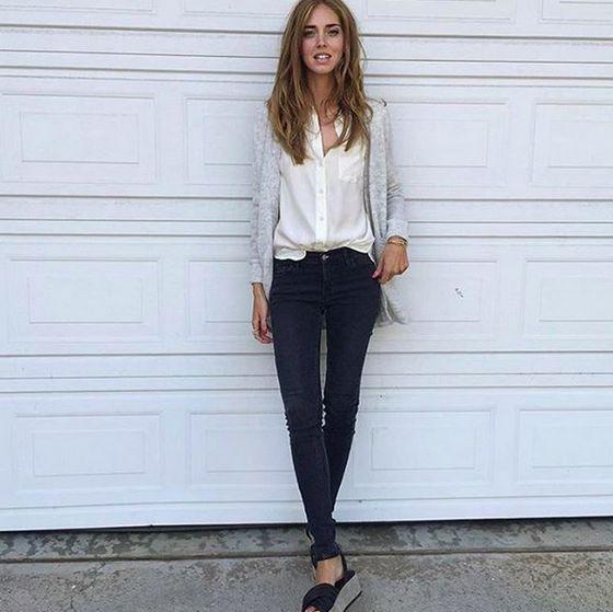 'Chiara Ferragni - The Blonde Salad by Chiara Ferragni - in één van haar favoriete Levi's outfits ✨ Ze draagt de Levi's 710 Super Skinny van de nieuwe denim collectie voor dames!' Ook verkrijgbaar bij #BrothersJeans #Levis #LadiesInLevis