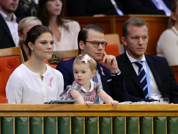 October 20, 2013  Tennis final of the Stockholm Open This afternoon, the Princess Victoria, Prince Daniel and Estelle attended the final of the Stockholm Open tennis. Prince Daniel presented the trophy to the winner.