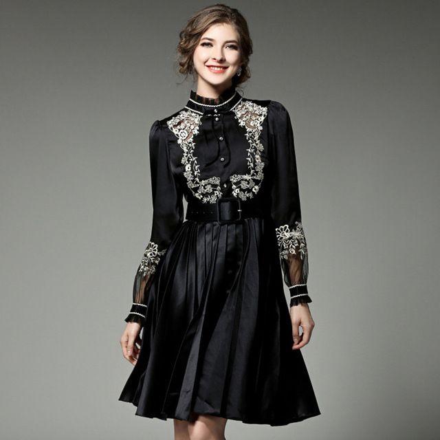 Elegante bordado vestidos 2017 verano latern manga imperio negro de flores de diseño europeo nuevo a-line cuello alto cinturón dress