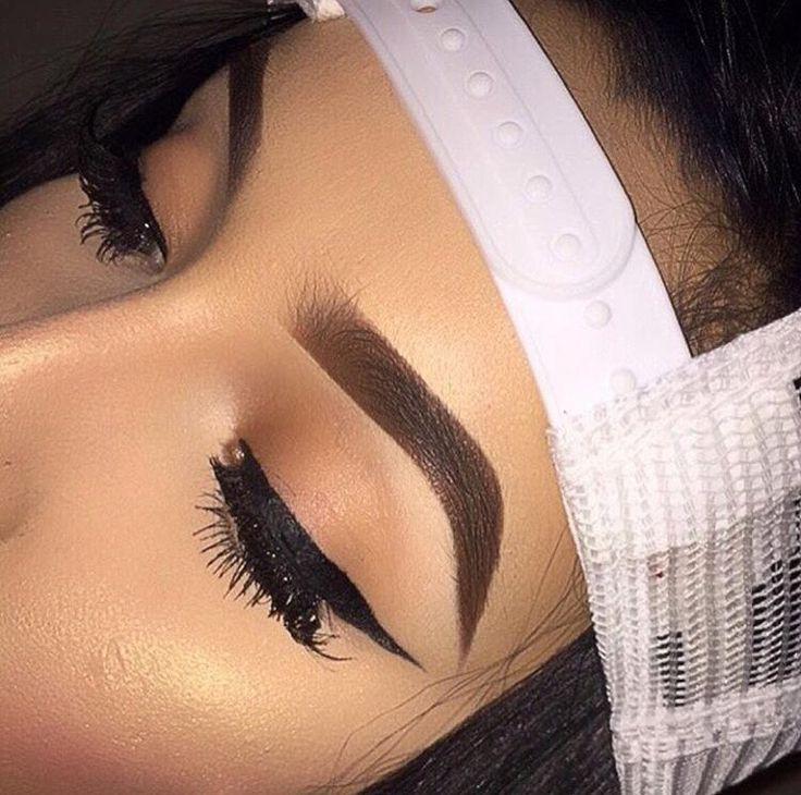 Danniec Makeup
