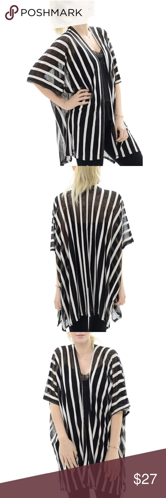 Black White Stripe Transparent Kimono Vest One size ! 100% Cotton ! Available in 2 colors : White and Black ! Very cool piece for summer ! Tops