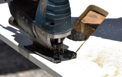 Advantages Of Using A Cordless Jigsaw