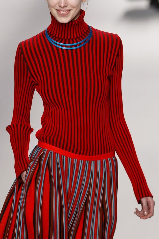 Issey miyake japanese fashion designer 25