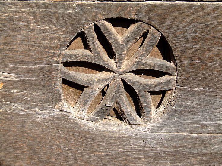 Biserica de lemn din Vadurele 08.2006 - Biserica de lemn din Vădurele…