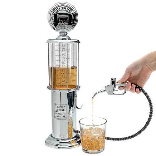 Eddig csak az autók fogyasztását lehetett a tankolást követően mérni. Most már a házibulik tömény fogyasztását is ellenőrizheted az ital benzinkúttal. http://crazyshop.hu/otthoni/ital-benzinkut