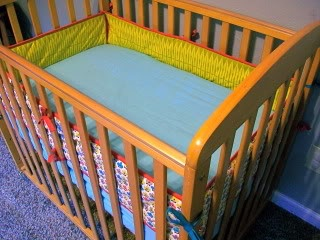 Erin Compton Design: Mini-Crib Bumper tutorial