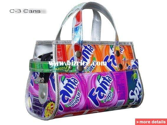 Handbag_clutch_purse_made_using_recycled_recycle.jpg (567×425)