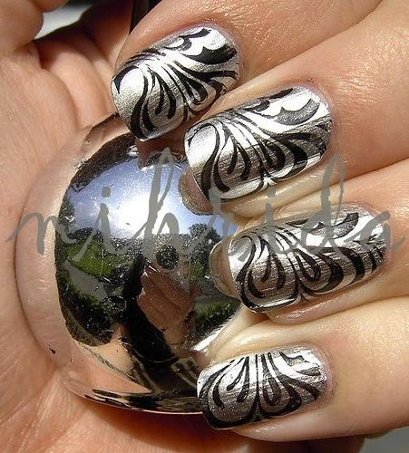 DIY Glittering Water Marble Nails