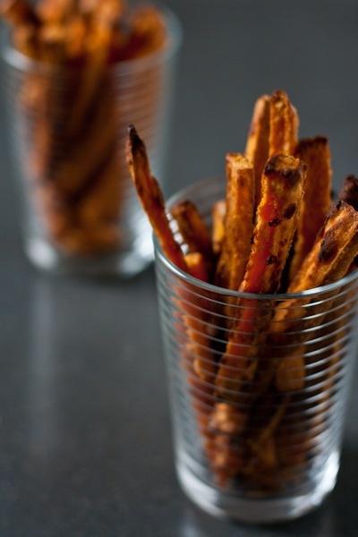 tahini honey sweet potato fries: Sweet Potato Fries, Sweet Potatoes Fries, Sweet Potatoes Chips, Tahini Sweet, Fries Check, Fries Cakes, Honey Sweet, Tahini Honey, Potatoes Fries Wil