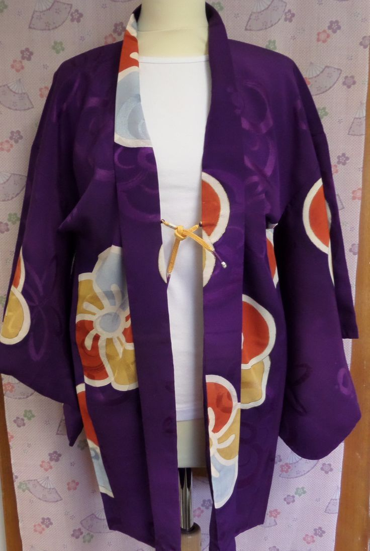 H185 Deco design purple silk crepe de chine Vintage Haori Jacket; Size M; stunning, stylish, fluid - for occasions/party/lounge; Gorgeous! by LizzieHuxtable on Etsy