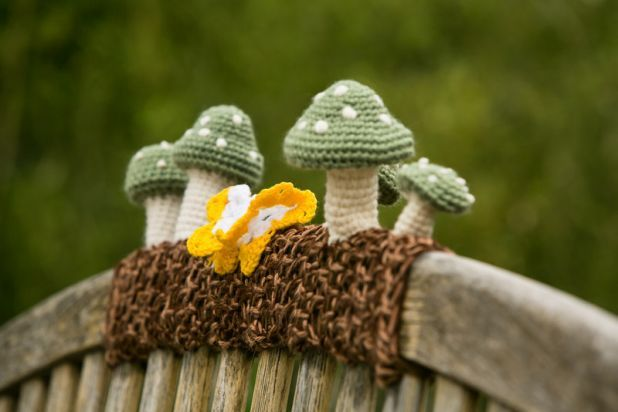 cutest yarn bomb ever.@Miranda Marrs Valentini