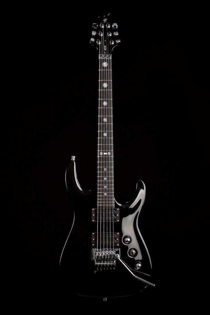 V25-FR Black Variant by Taisto Guitars