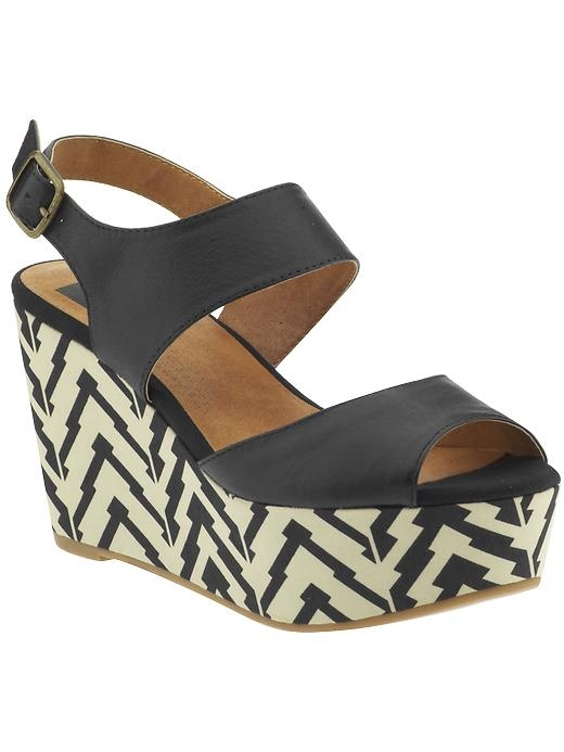 black and patterned: Eagles Eye, Outfit Ideas, Bc Footwear, Blocks Shoes, 80S Shoes, Color Blocks, Prints Wedges, Footwear Eagles, Black Wedges