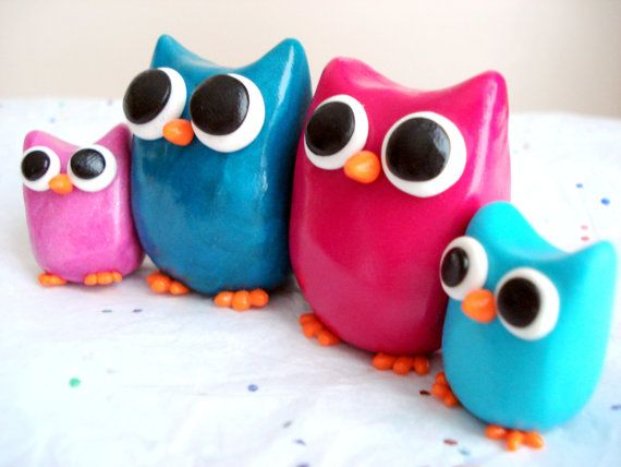 this would be neat to have in our house :) it explains my family perfectly lol mom dad son and daughter :) and these owls are so cute!
