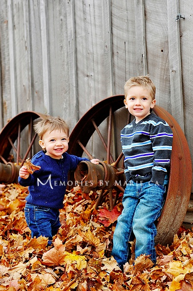 family photography - memories by marie photography - brothers