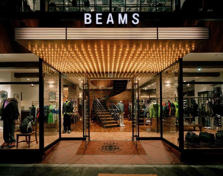 Hello!  Glad to share this weeks Woodd Retailers Update. BEAMS established in 1976 is one of the longest-running multi band retailers in Japan. We started working with them in 2013 when our brand was just starting to spread and Beams was one the first fashion realities to believe in us #Woodd #wooddretailersupdate #Beams #beamsjapan #Fashion #Retail