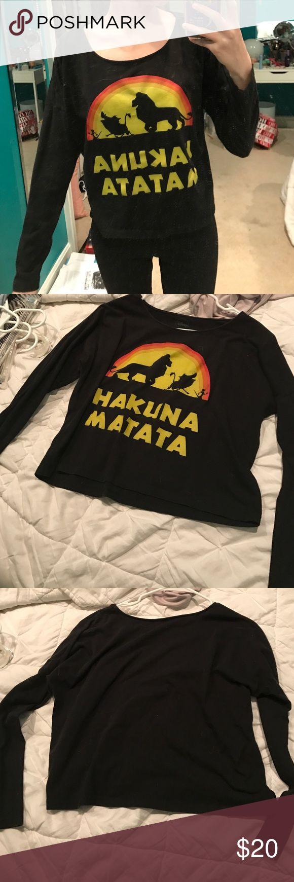Hakuna matata T-shirt Black hakuna matata long sleeve t shirt worn once in brand new condition fit slightly cropped Disney Tops Tees - Long Sleeve