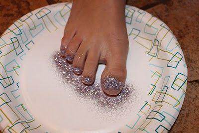 DIY Glitter toes! - a little messy but really easy and cute