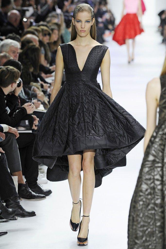 60 best images about dior haute couture pr t porter on for Haute couture and pret a porter