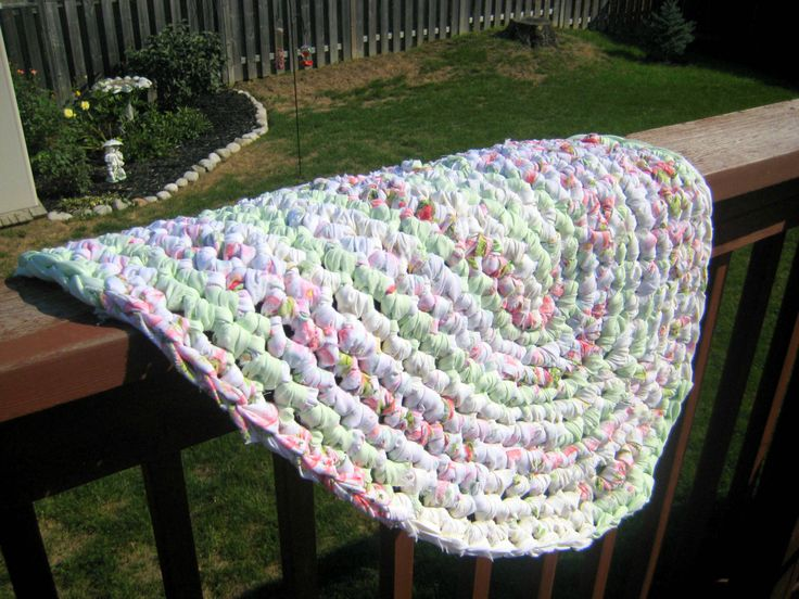 Croheted Rag Rug,Pink and Mint, Rag Rug,oval mat,washable,home decor at Designs By Willowcreek on Etsy by DesignsByWillowcreek on Etsy