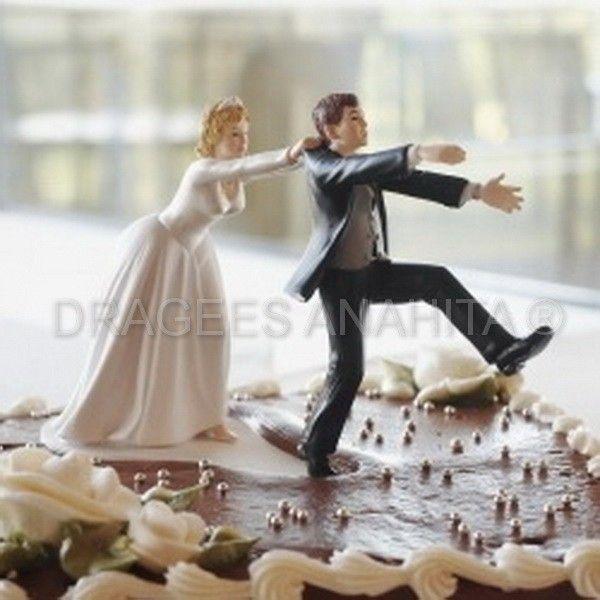 une figurine comique placer sur le gateau de votre mariage un couple plutt amusant - Personnage Gateau Mariage Humoristique