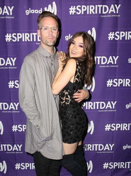 Hailee Steinfeld Photos - Justin Tranter and Hailee Steinfeld at Justin Tranter And GLAAD Present 'Believer' Spirit Day Concert at Sayer's Club on October 18, 2017 in Los Angeles, California. - Justin Tranter And GLAAD Present 'Believer' Spirit Day Concert