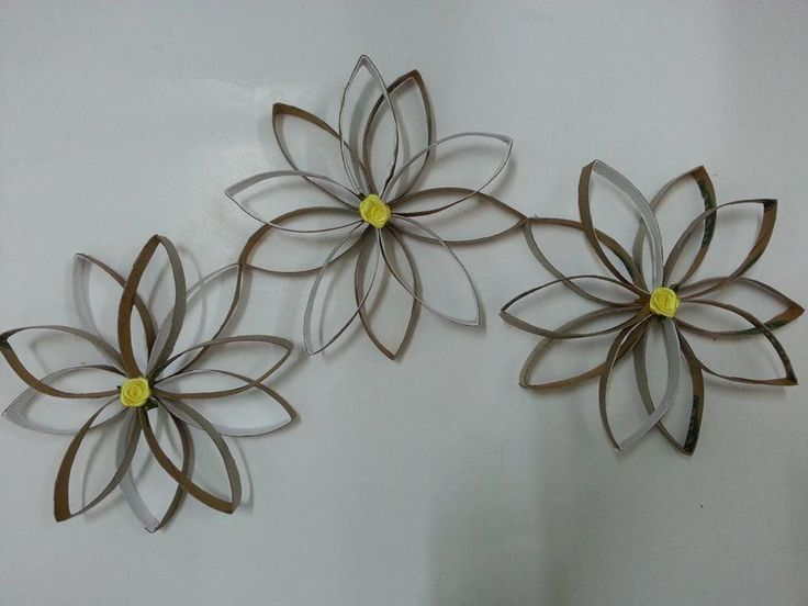 Tutorial 3d wall decor with toilet paper roll cores for 3d flowers for wall decoration