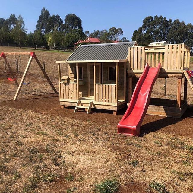 Country Cubbies Is One Of The Leading Cubby Makers In Tasmania We Have Many Years Of Experience In Cubby Constructio Cubby Houses Kids Cubby Houses Trampoline